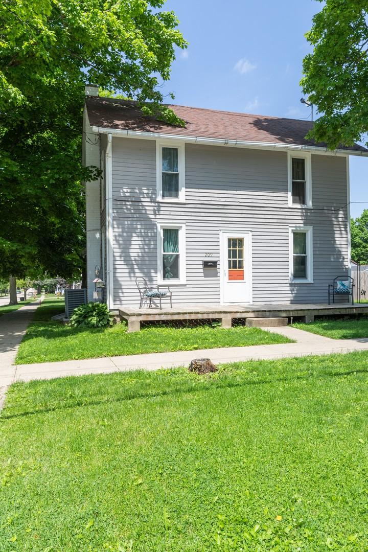 209 South Orange, Morrison, Illinois, 61270