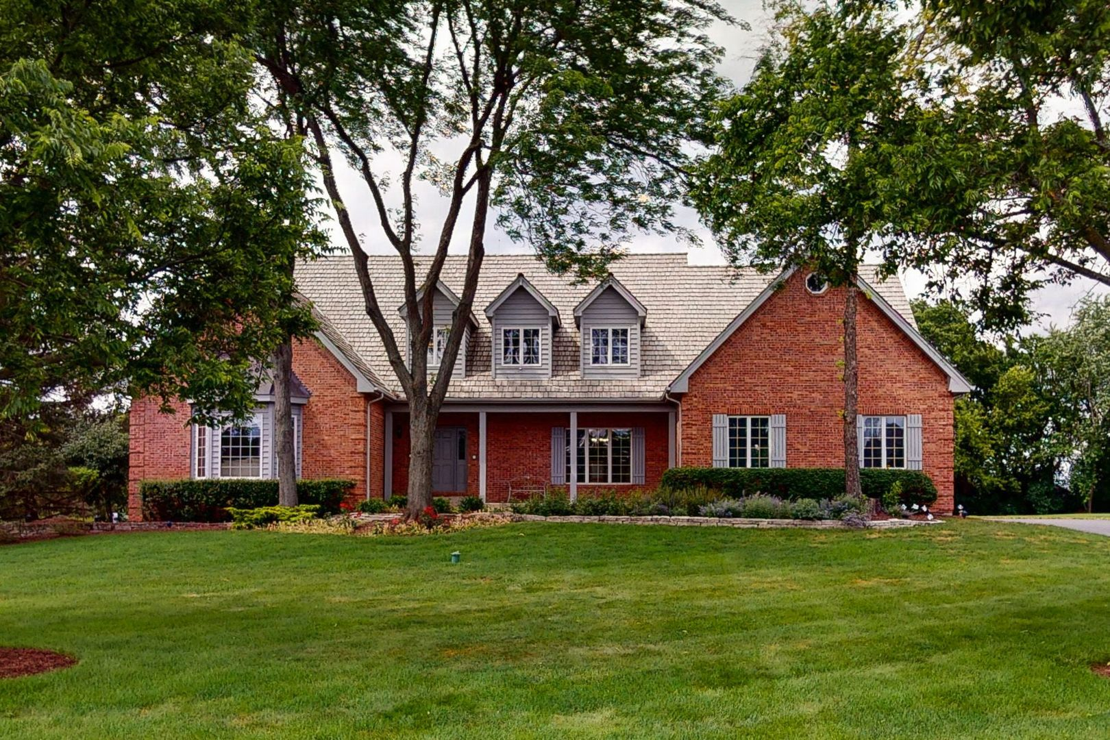 15 Copperfield Drive, Hawthorn Woods, Il 60047