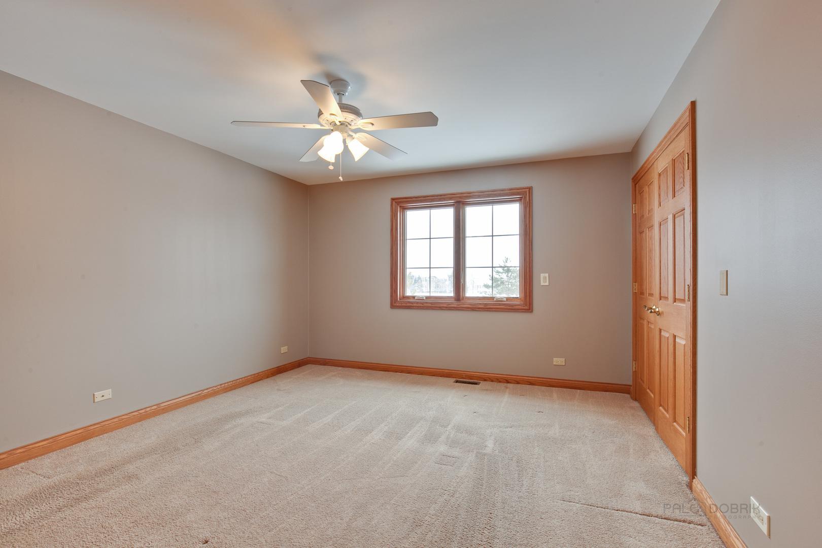 1 South PIERMONT, North Barrington, Illinois, 60010