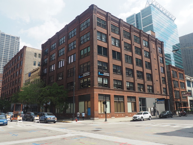 133 N Jefferson Street, Chicago, IL 60661
