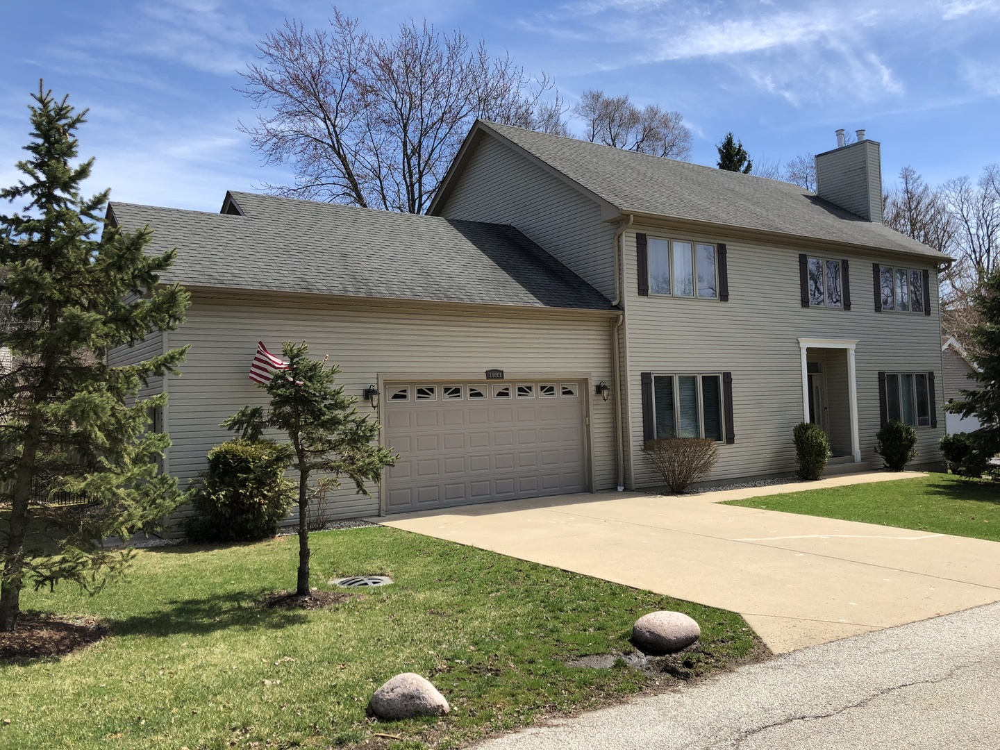 19801 West West Shore Drive, Mundelein, Illinois 60060