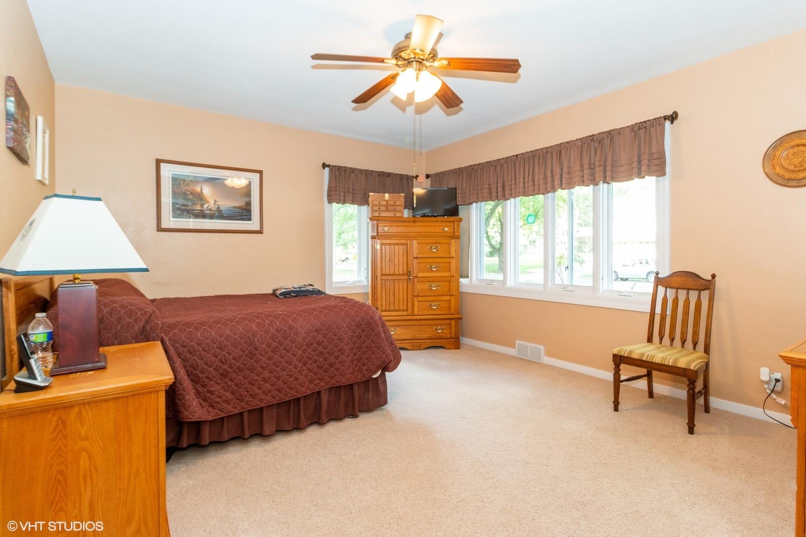 1406 Mayfield, Joliet, Illinois, 60435