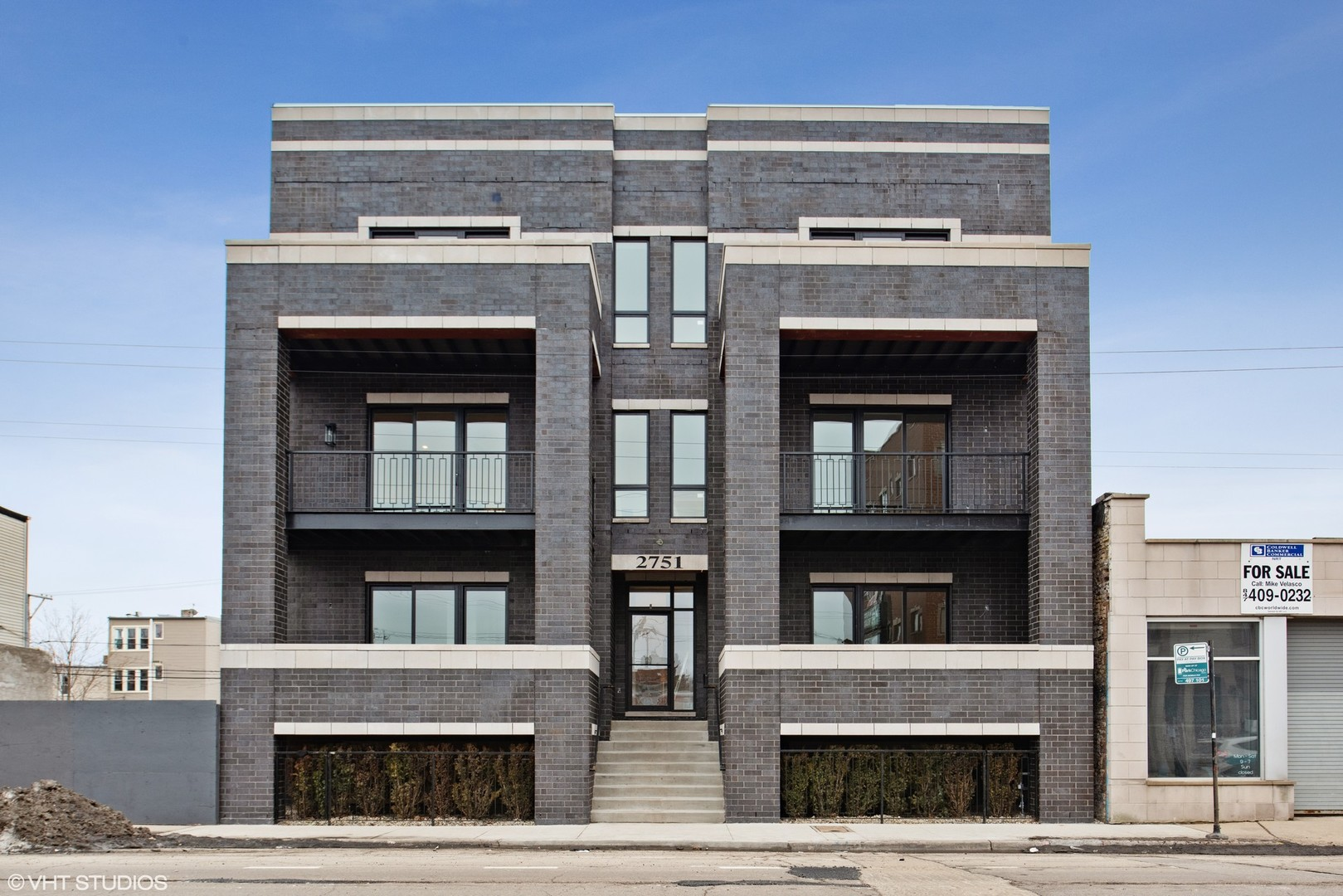 2745 West Lawrence 1W, Chicago, Illinois, 60625