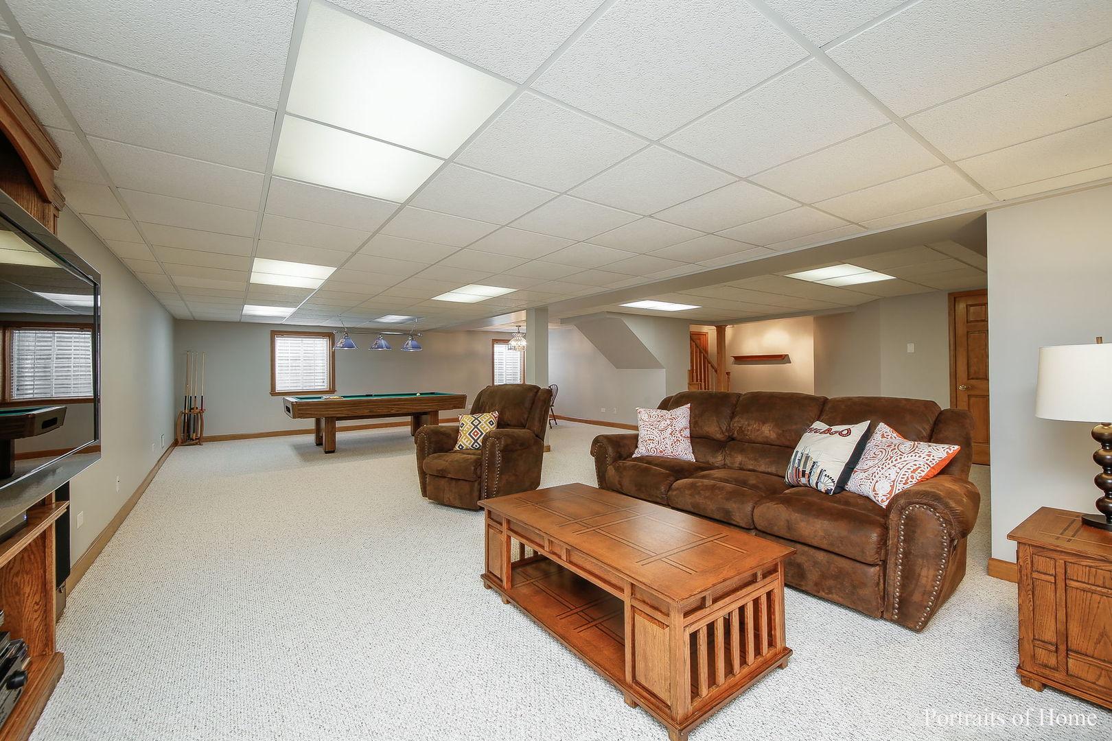 221 Lorraine, Glen Ellyn, Illinois, 60137