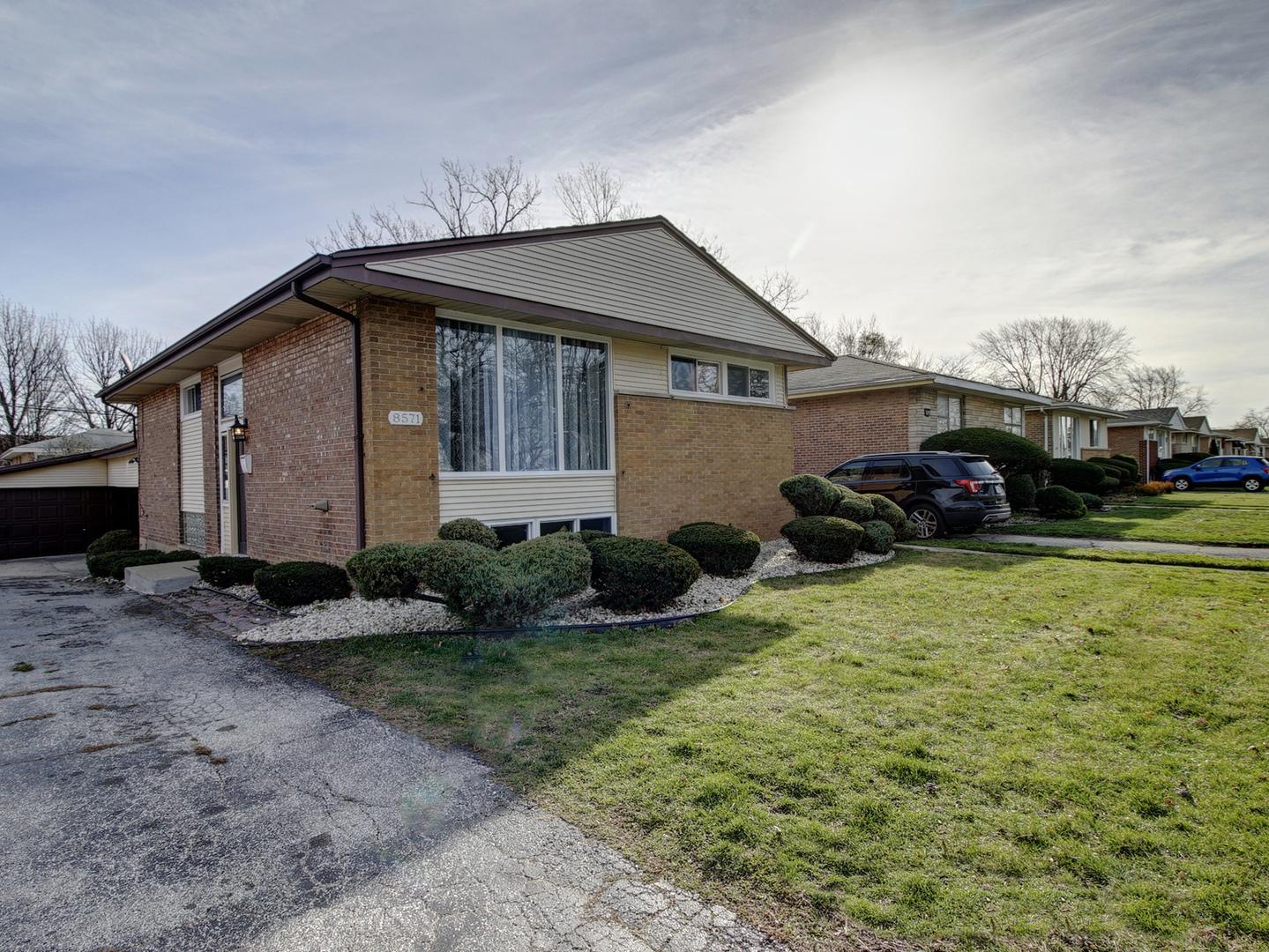 8571 S Kenwood Exterior Photo