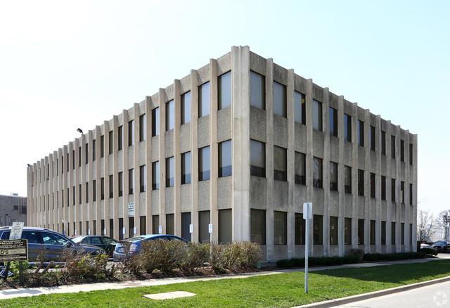 116 W Eastman Street, Arlington Heights, IL 60004