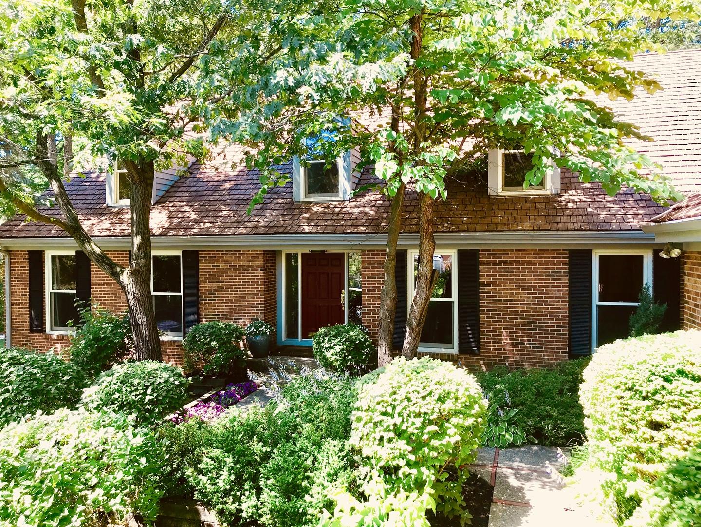 170 Norwich Court, Lake Bluff, Illinois 60044