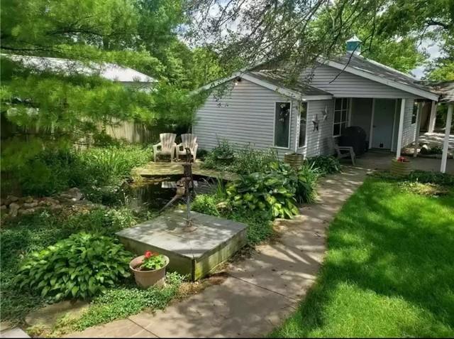 133 South Indiana, Hindsboro, Illinois, 61930
