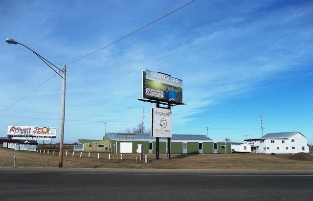 16418 Prairieville Road, Sterling, IL 61081