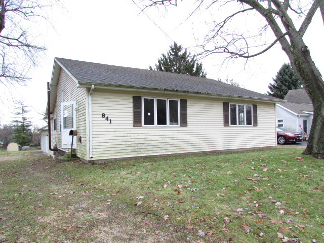 841 Dietz, Marengo, Illinois, 60152