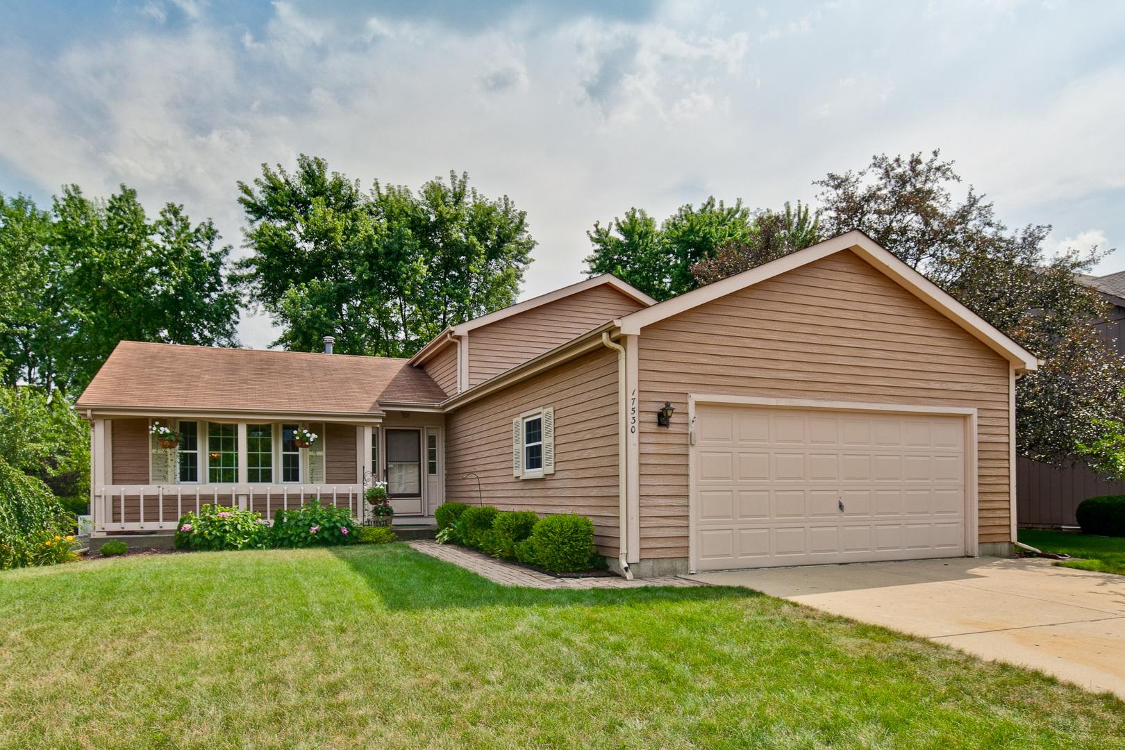 17530 Huntington Circle, Grayslake, Illinois 60030