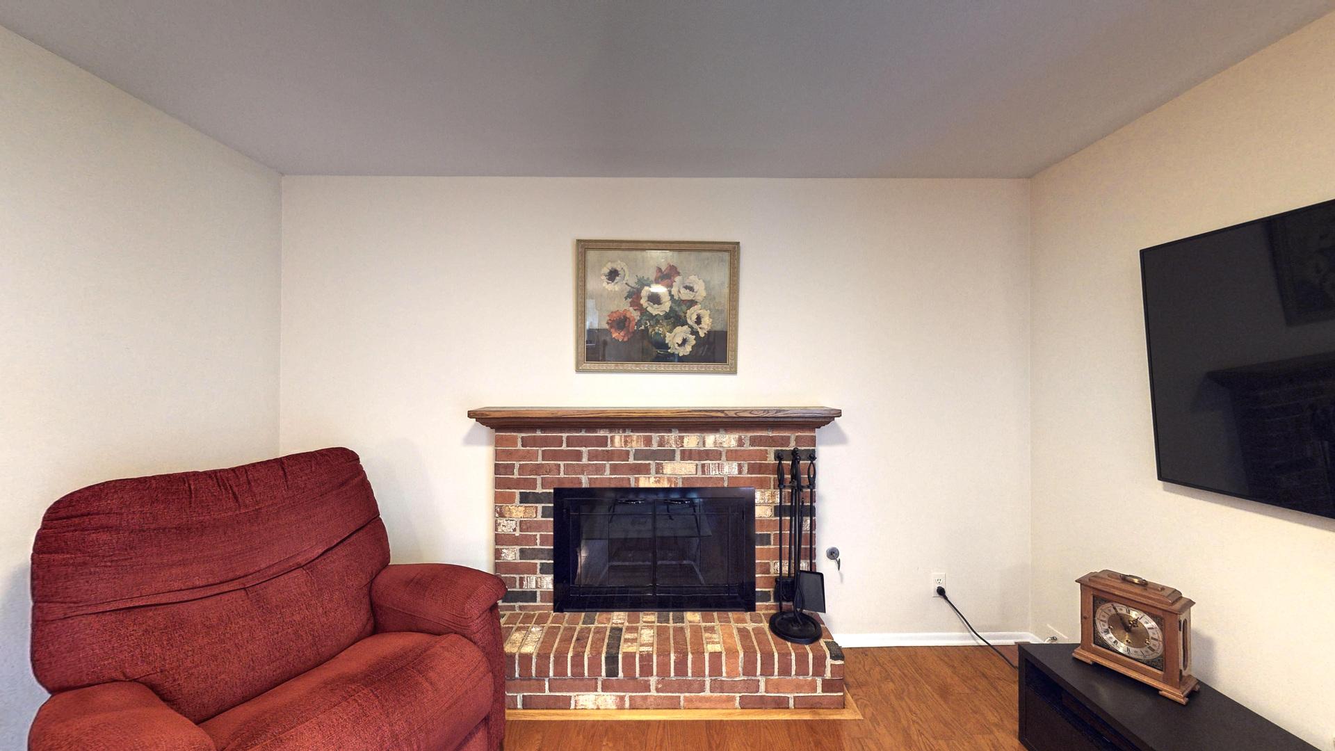 340 Crestwood, ALGONQUIN, Illinois, 60102