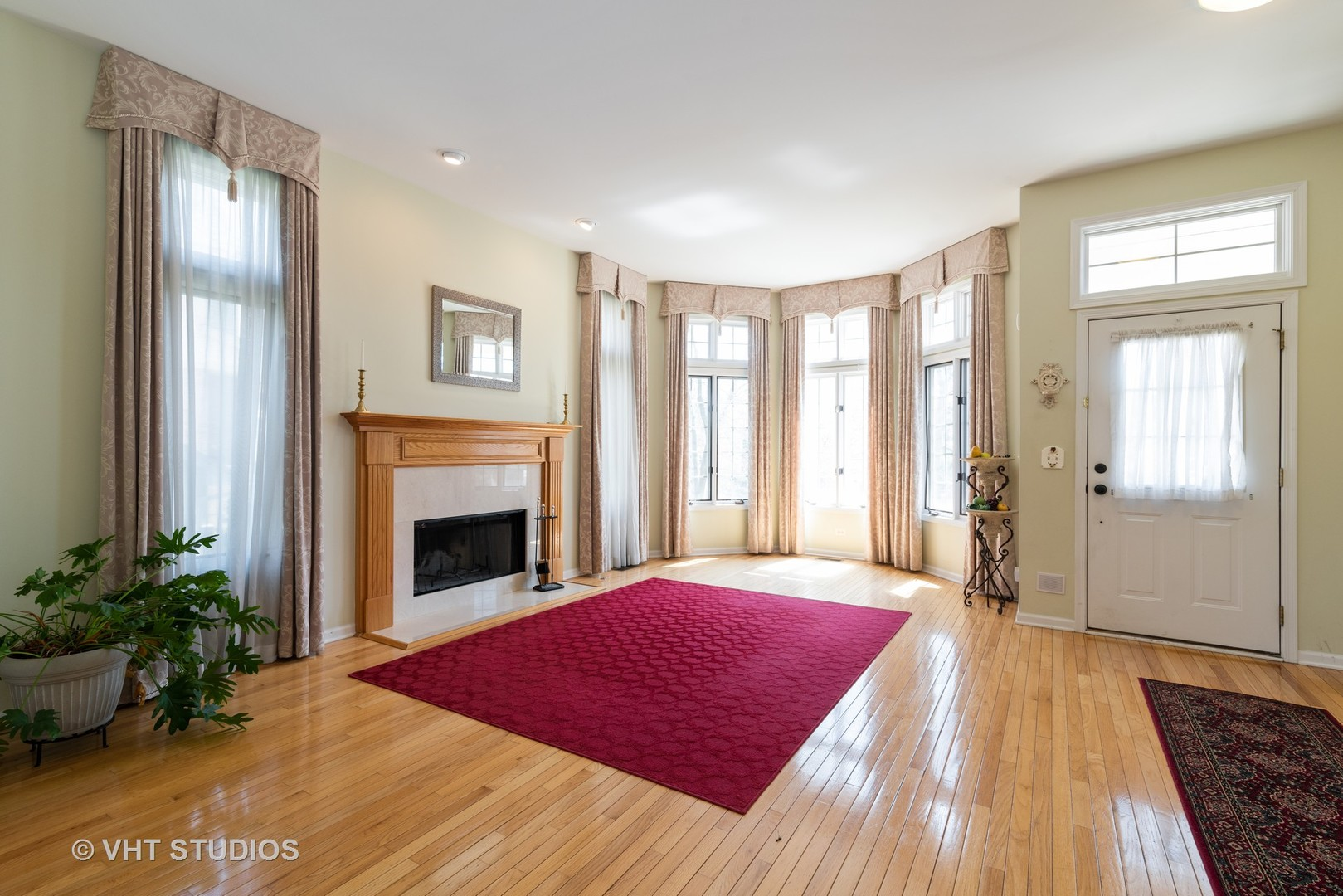 5532 North Lowell, Chicago, Illinois, 60630