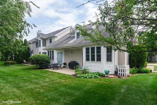 703 Derby, ST. CHARLES, Illinois, 60174