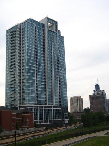 South Prairie Ave., CHICAGO, IL 60616