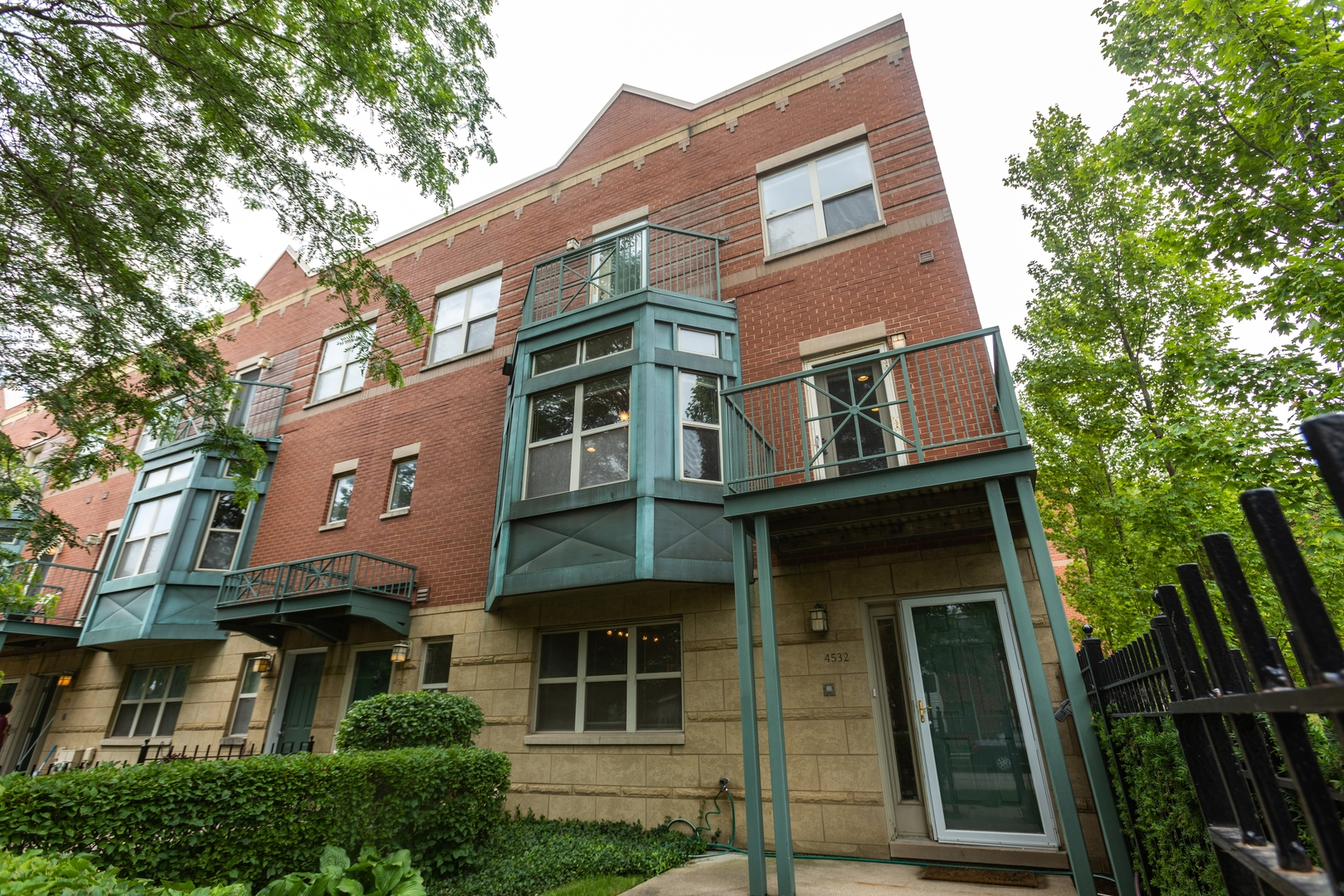 4532 S Woodlawn Exterior Photo