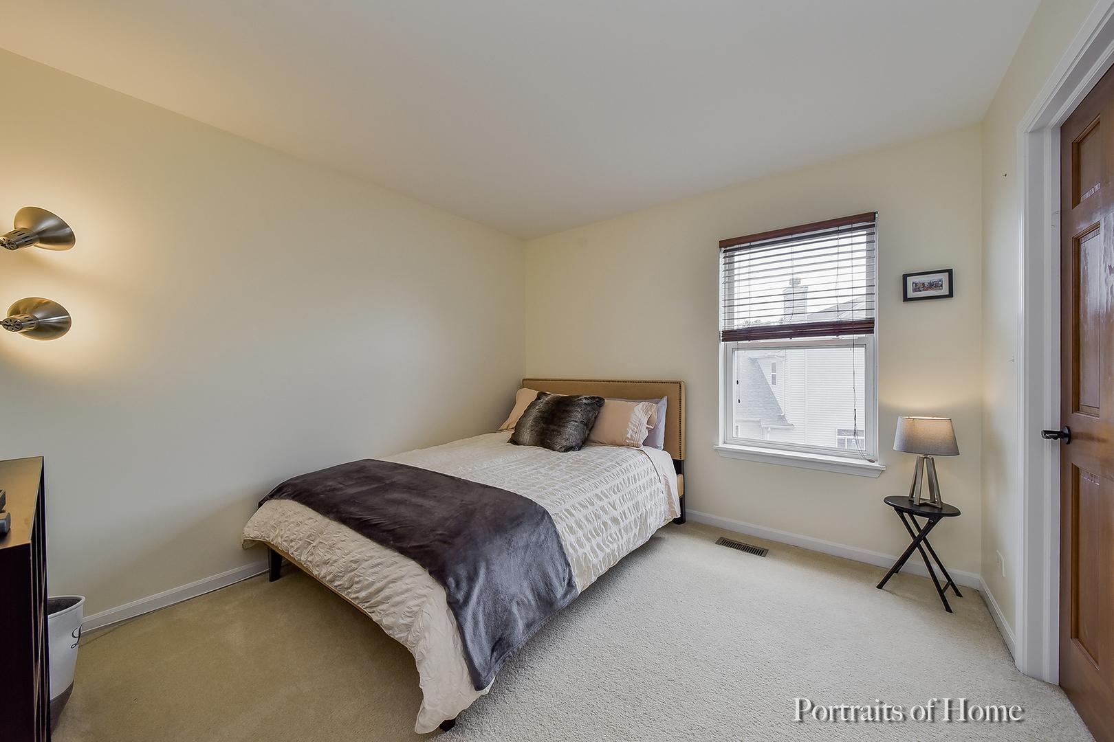 279 Pleasant Plains, ST. CHARLES, Illinois, 60175
