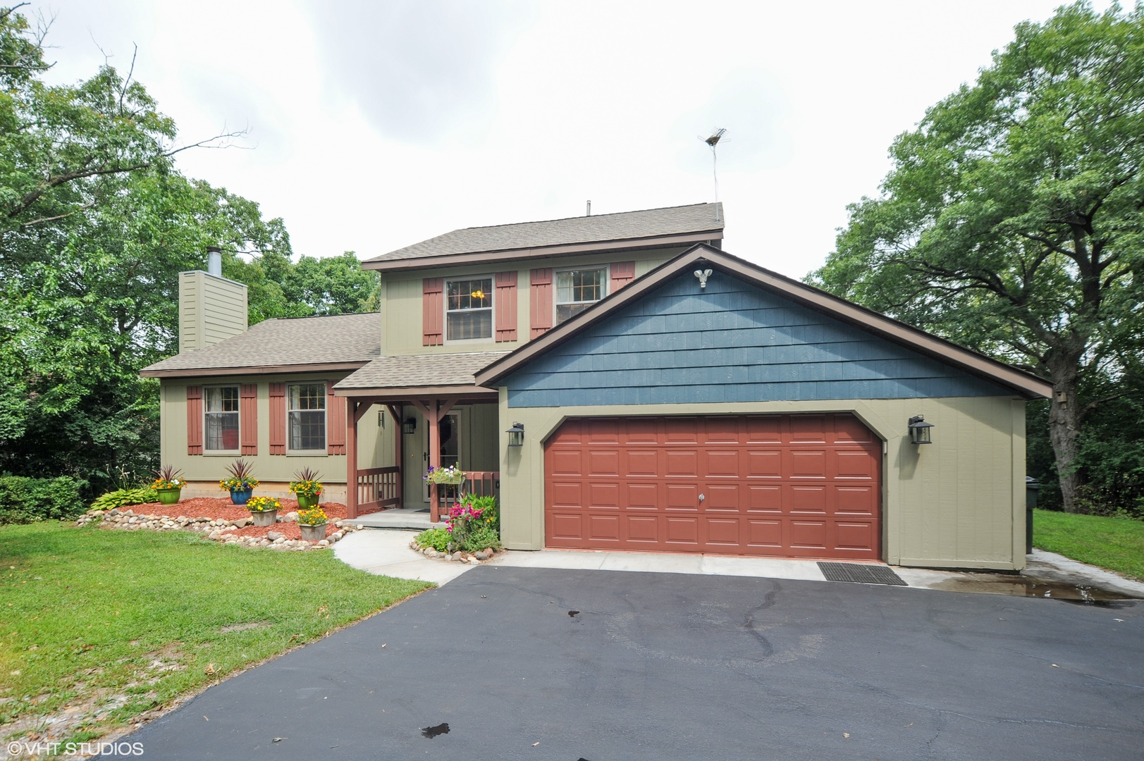 3496 Kings Lair Drive, Spring Grove, Illinois 60081