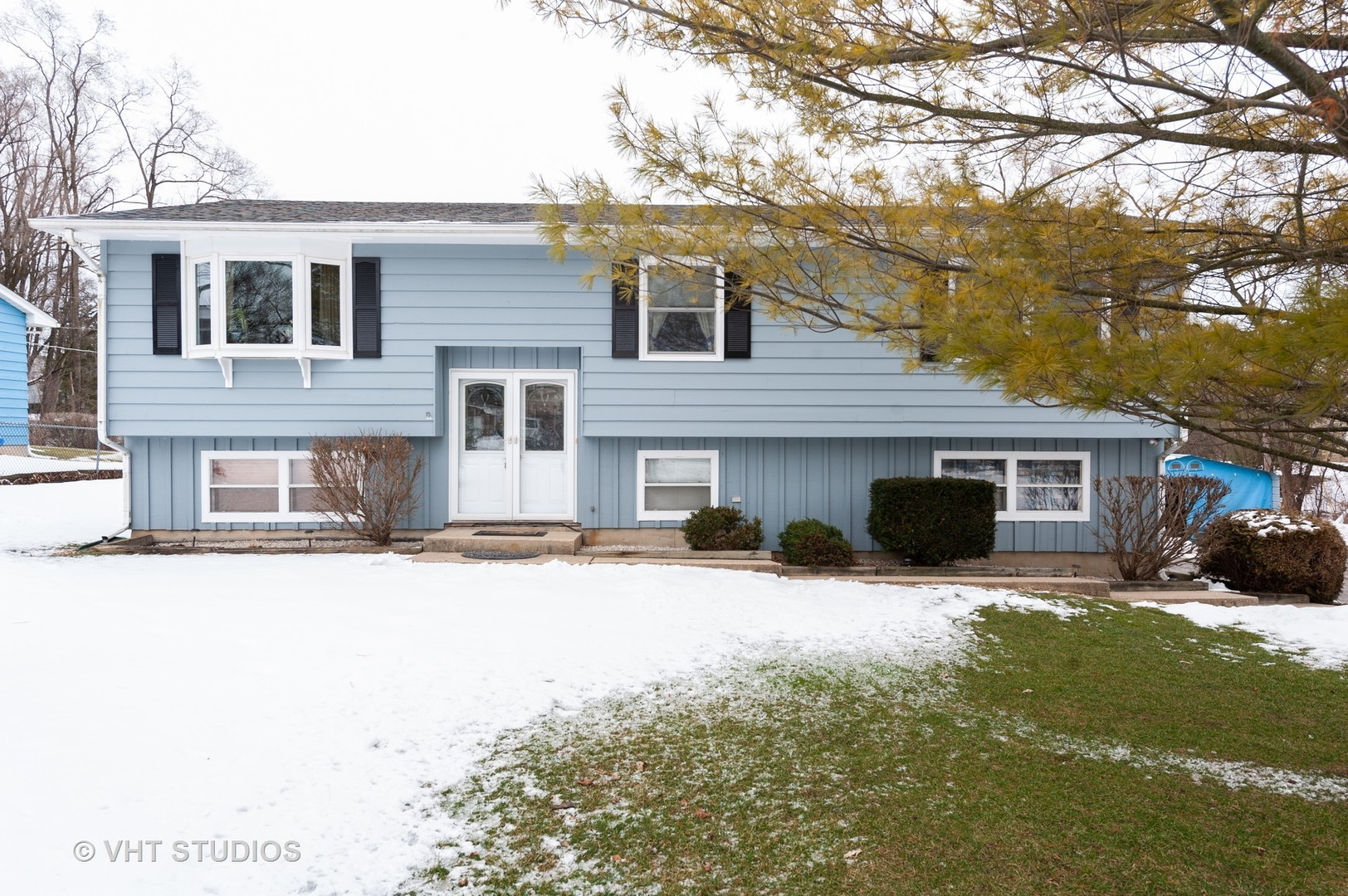7504 Windsor Avenue, Spring Grove, Illinois 60081
