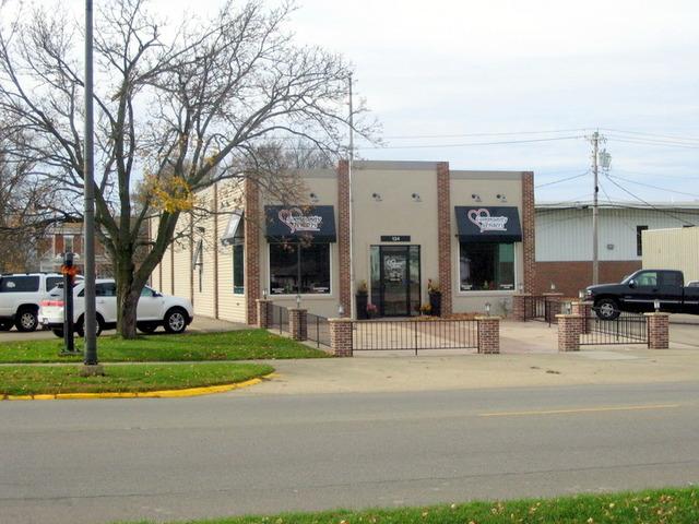 124 S Main Street, Princeton, IL 61356