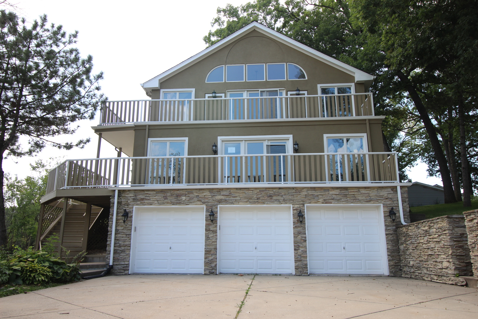 1100 West 87th, Willow Springs, Illinois, 60480