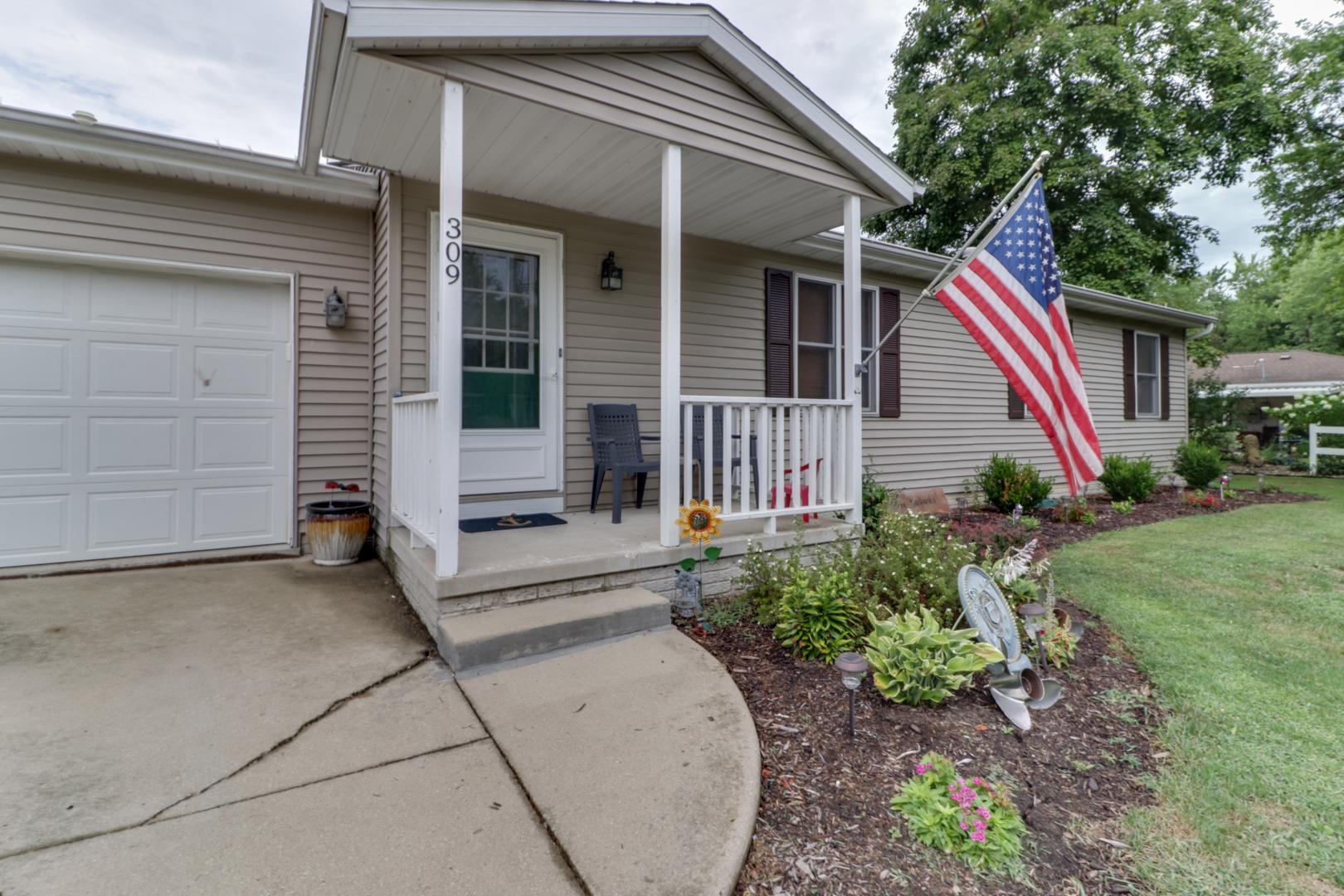 309 North Pennsylvania, MINIER, Illinois, 61759