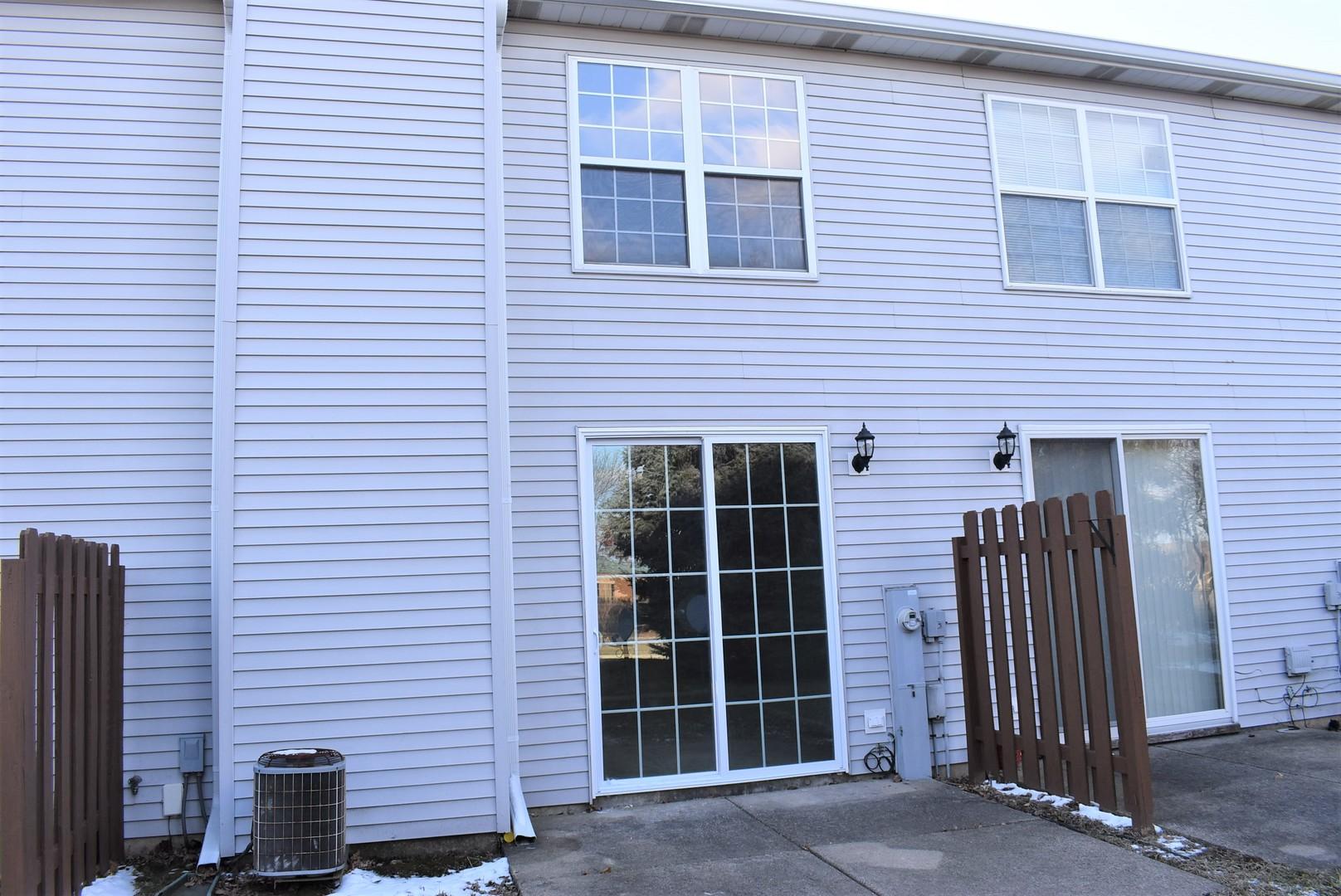406 Cobblestone, Oswego, Illinois, 60543