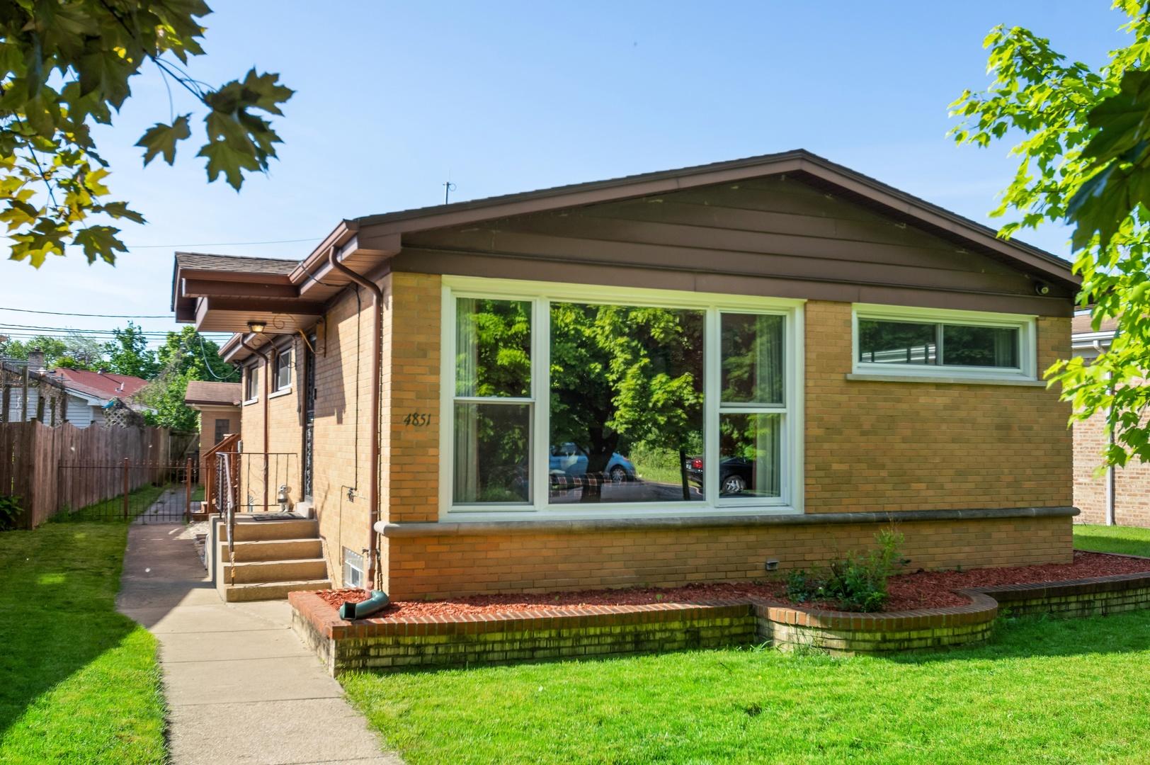4851 W BRYN MAWR Exterior Photo