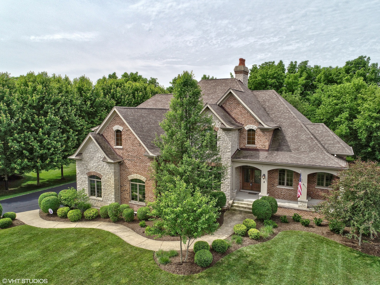 2 Saddle Ridge Court, Hawthorn Woods, Illinois 60047