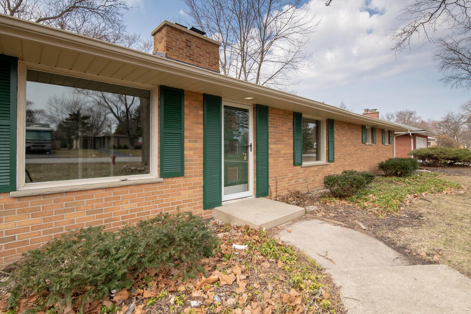 323 South Western, Aurora, Illinois, 60506