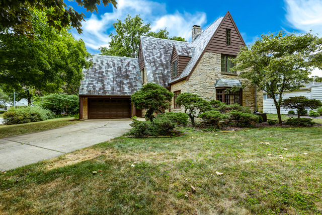 1009 West Healey, Champaign, Illinois, 61821