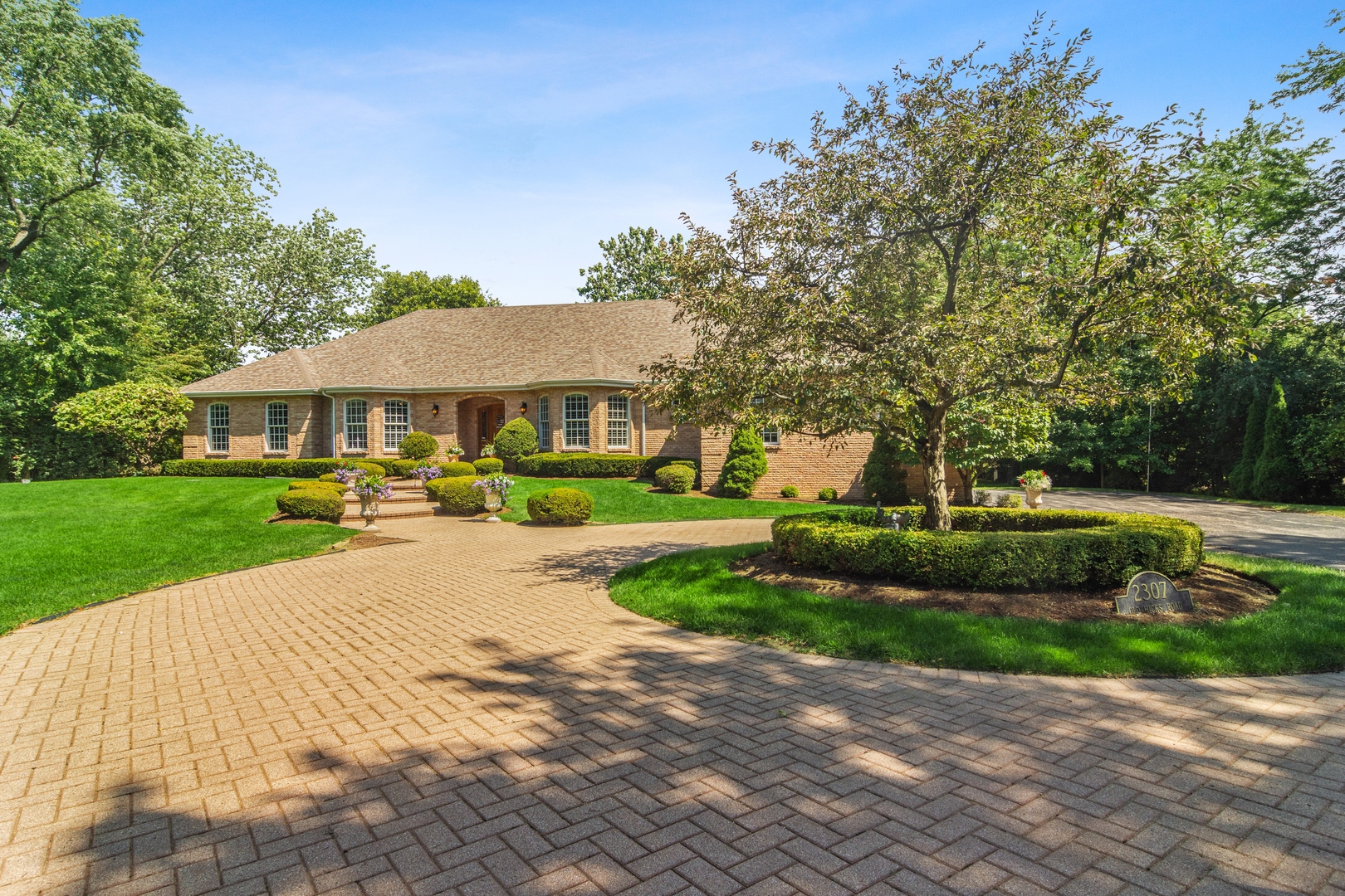 2307 Old Hicks Road, Long Grove, Il 60047