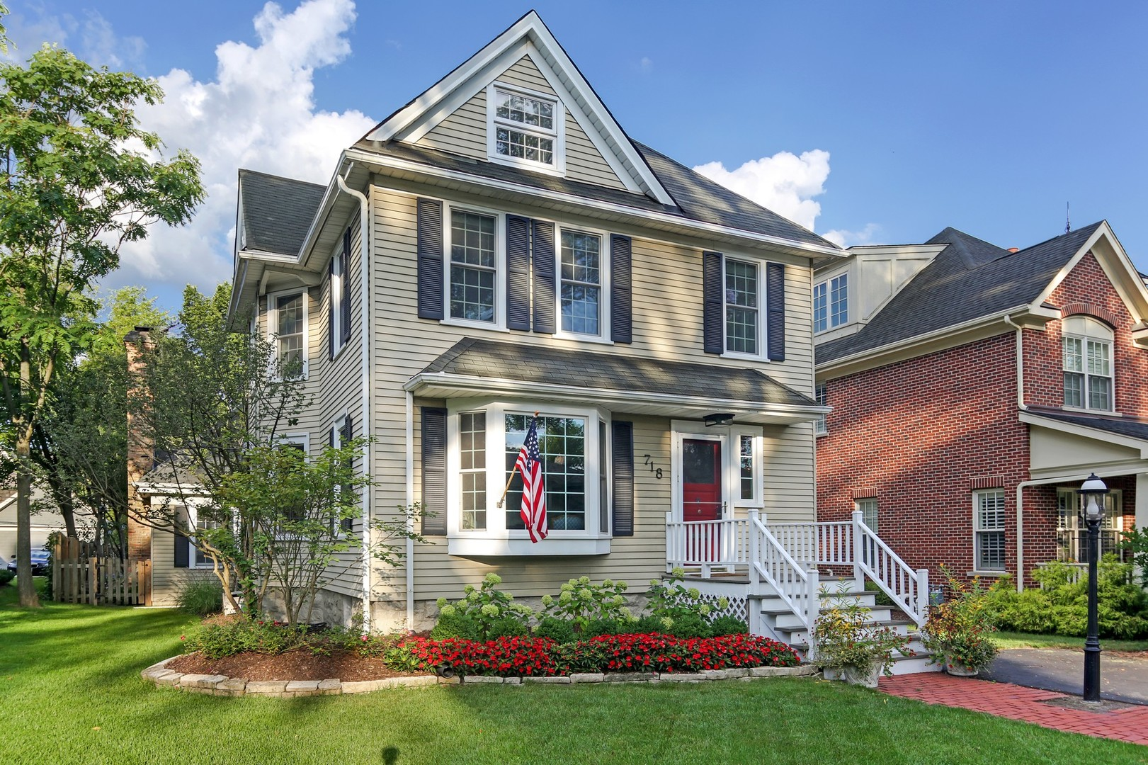 718 South Lincoln Street, Hinsdale, Illinois 60521