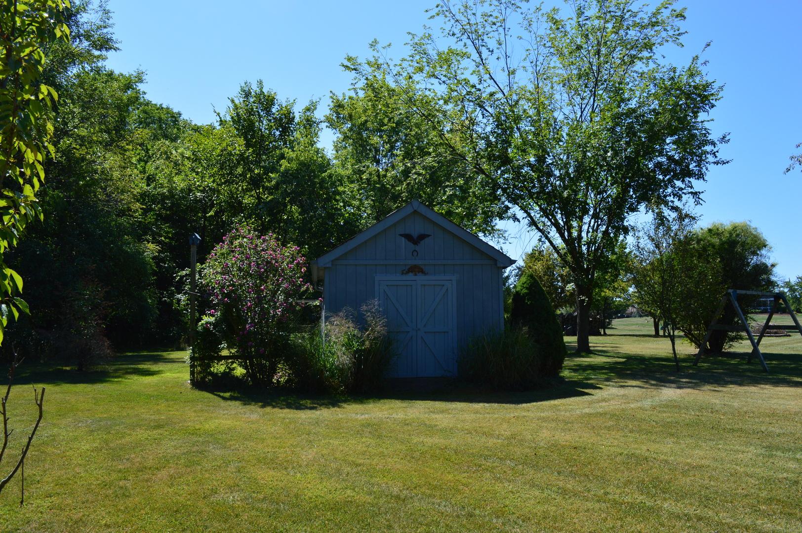 15 Iroquois, Oswego, Illinois, 60543