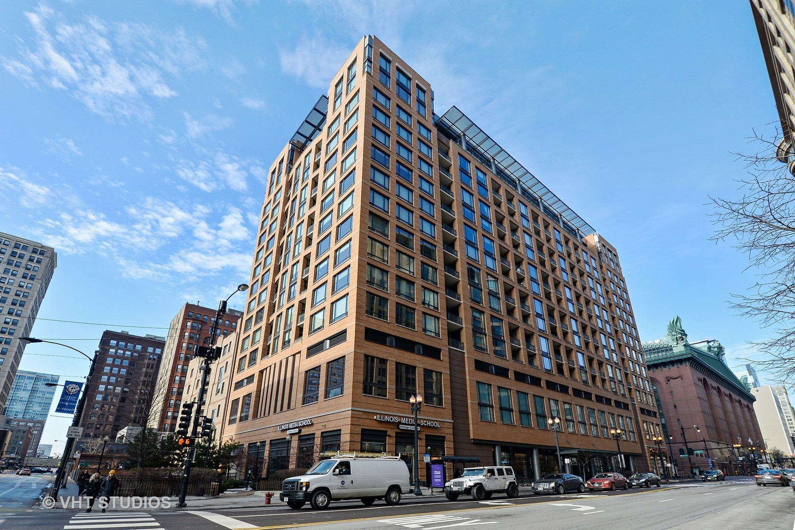 South  State Street, CHICAGO, IL 60605
