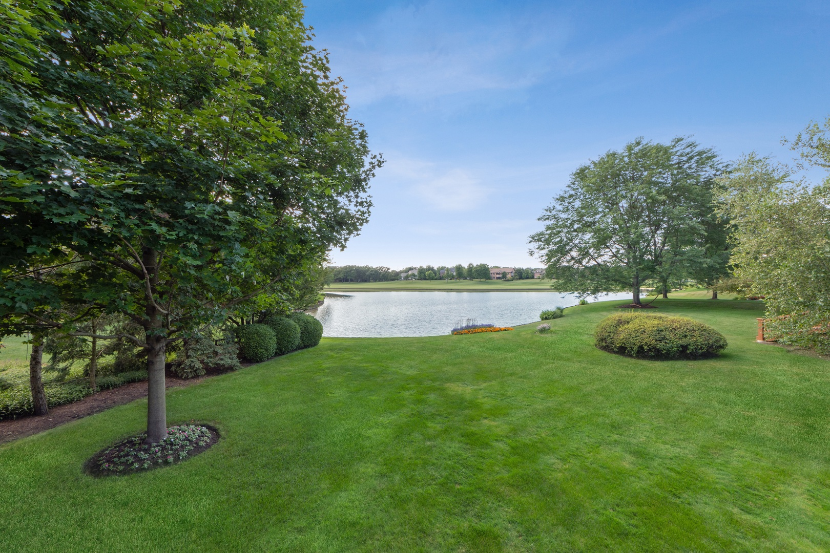 14 Riderwood, North Barrington, Illinois, 60010