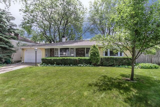 999 Beechwood Road, Buffalo Grove, Illinois 60089