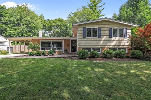 473 Pine Court, Lake Bluff, Illinois 60044