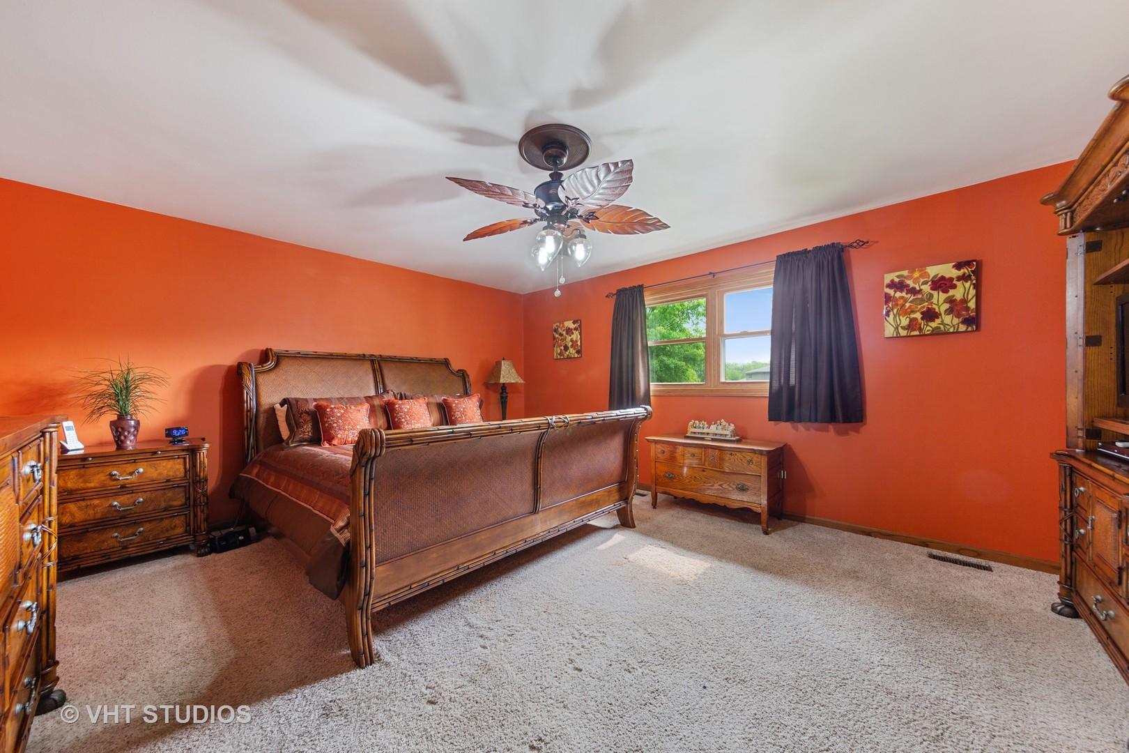 14345 South Golden Oak, Homer Glen, Illinois, 60491