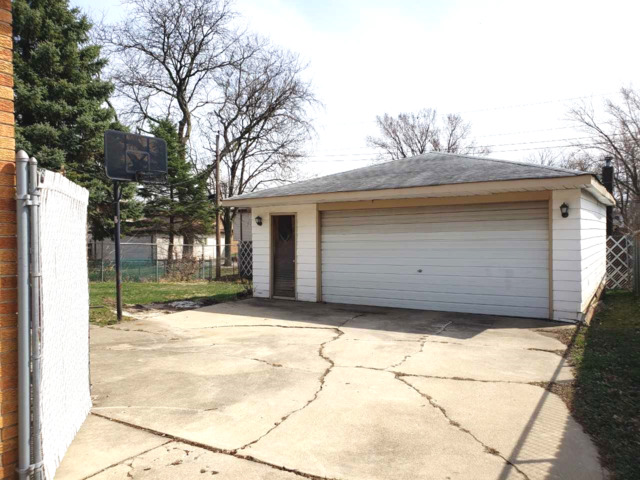 82 Holbrook, Chicago Heights, Illinois, 60411