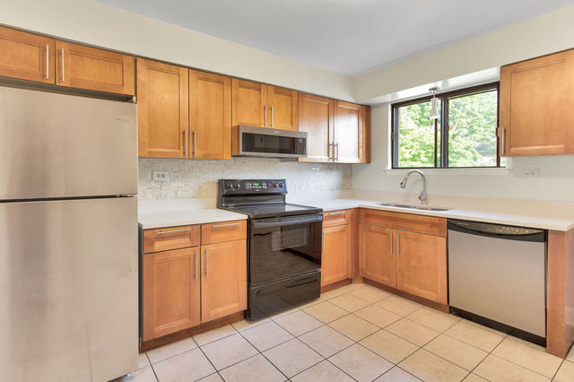 4156 Central 2W, Glenview, Illinois, 60025