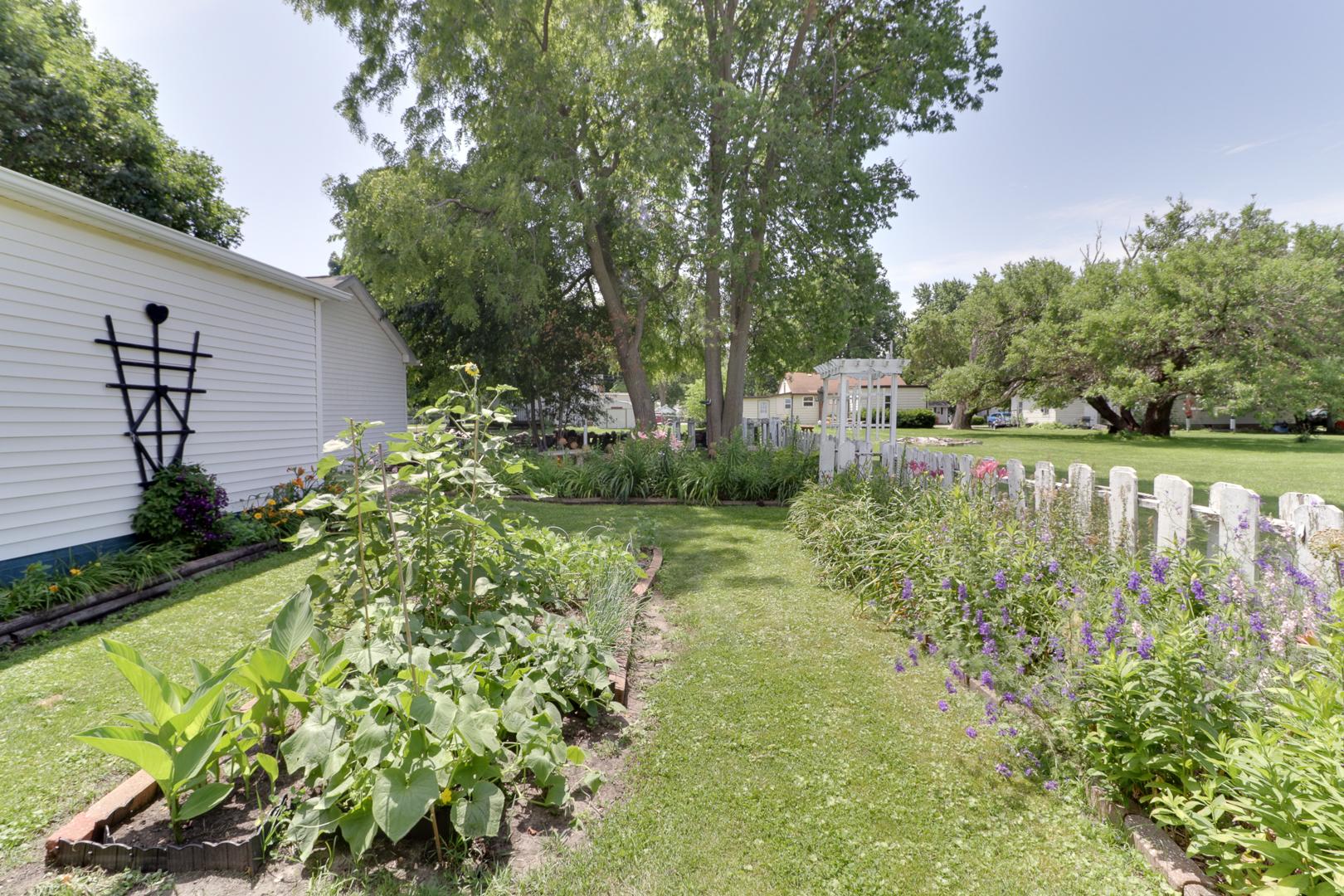 204 North Madison, Towanda, Illinois, 61776