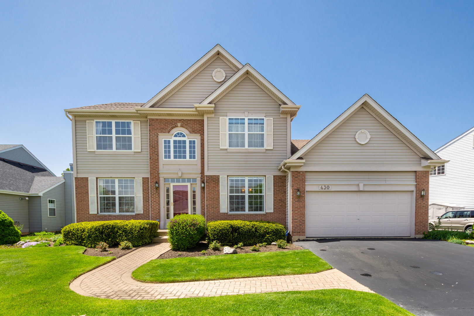 430 Rosewood Crossing, Lindenhurst, Illinois 60046