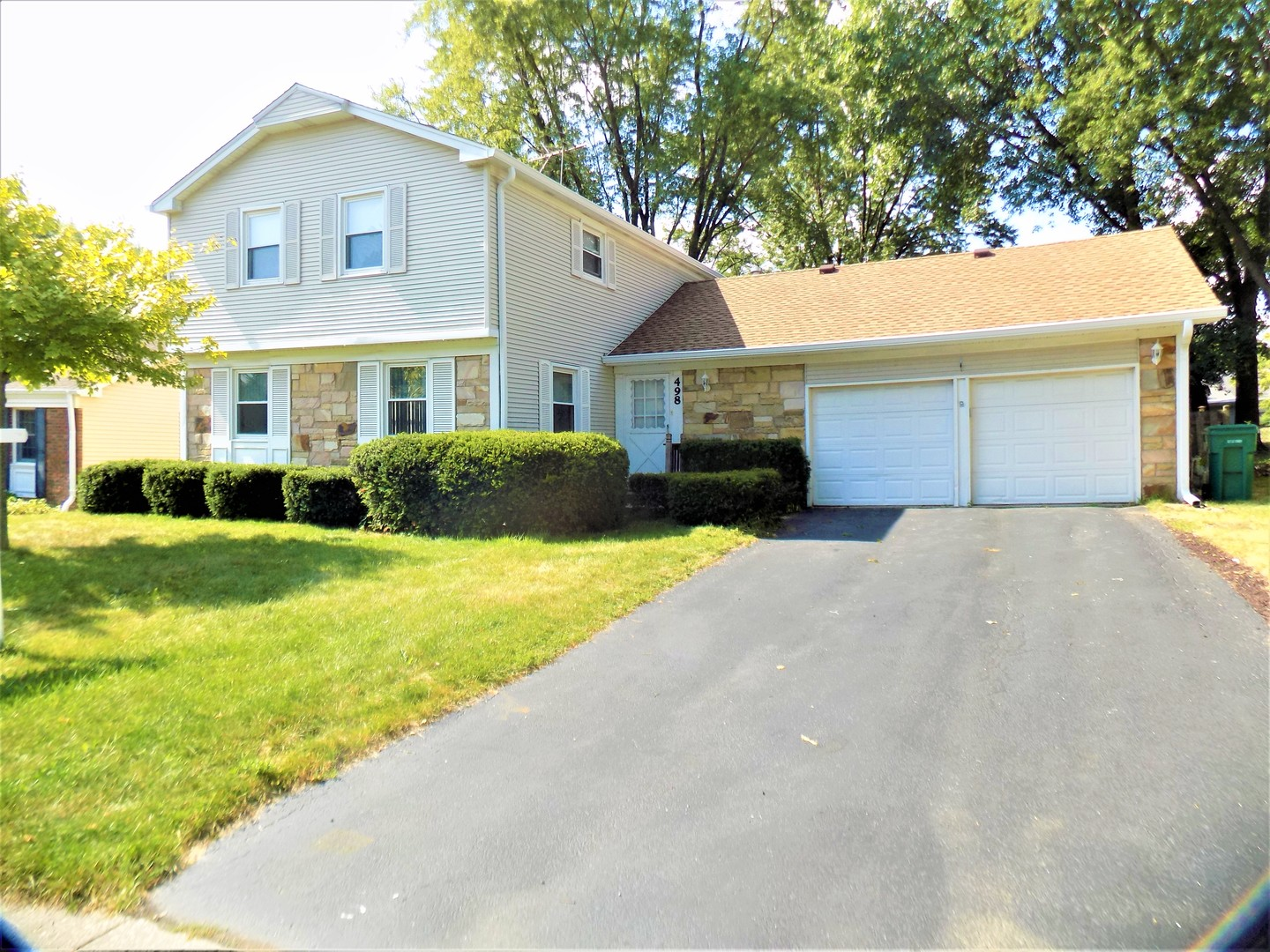 498 Longwood Drive, Buffalo Grove, Illinois 60089