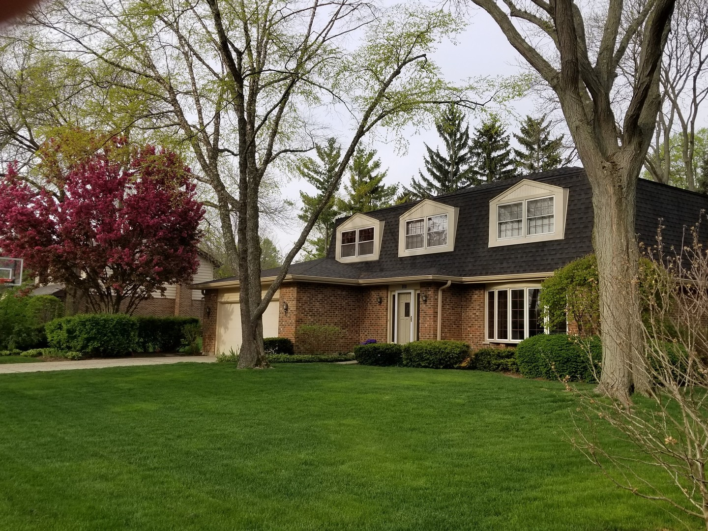 915 Jeremy Lane, Libertyville, Illinois 60048