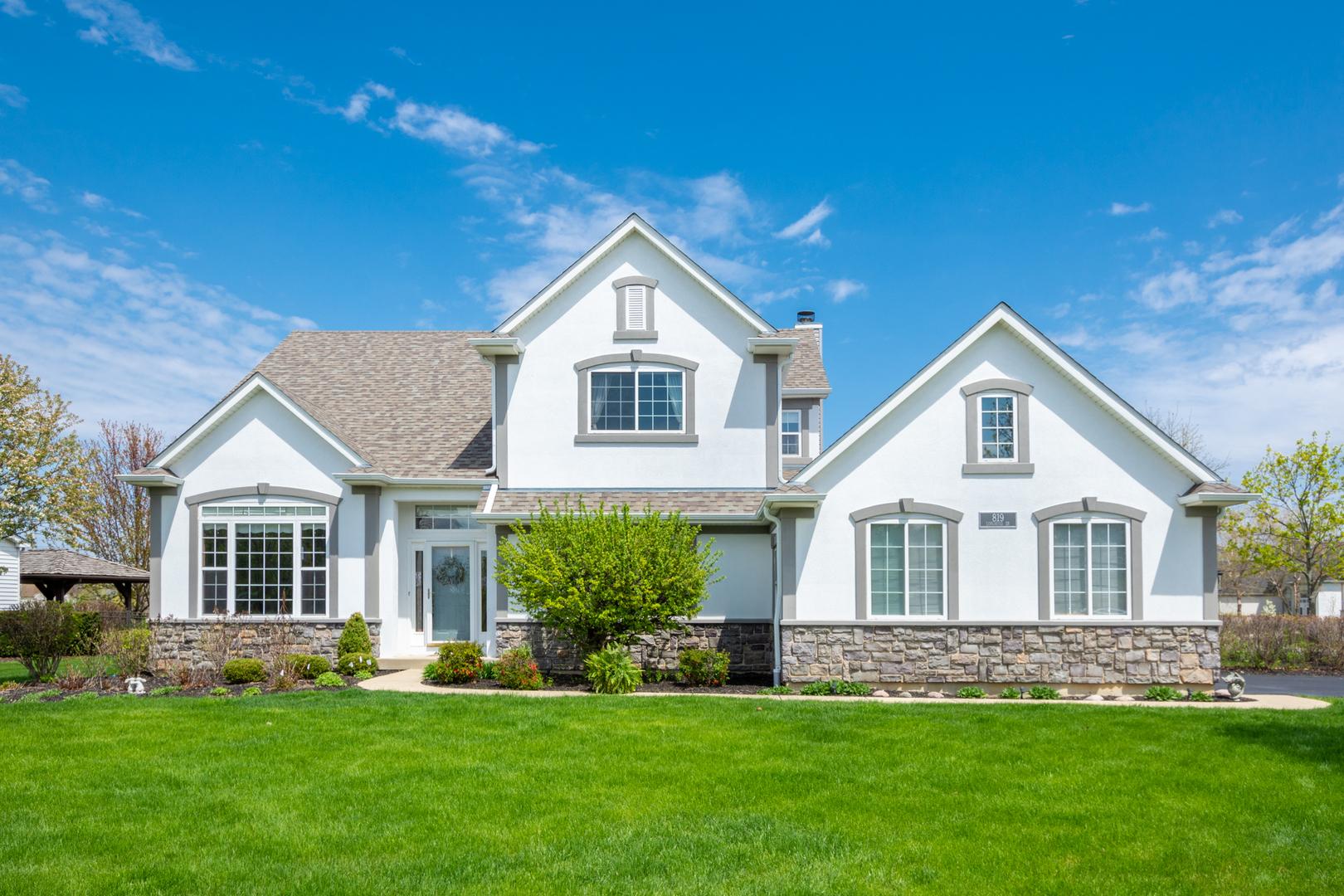 819 Longwood Drive, Lake Villa, Illinois 60046