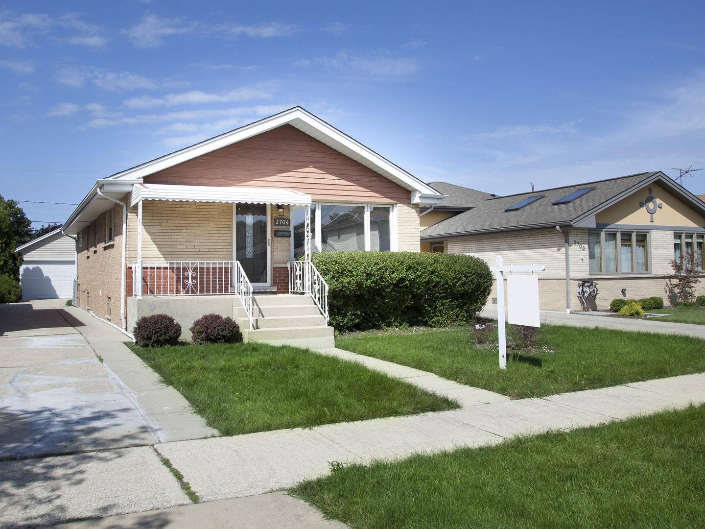 3704 Elder, Schiller Park, Illinois, 60176