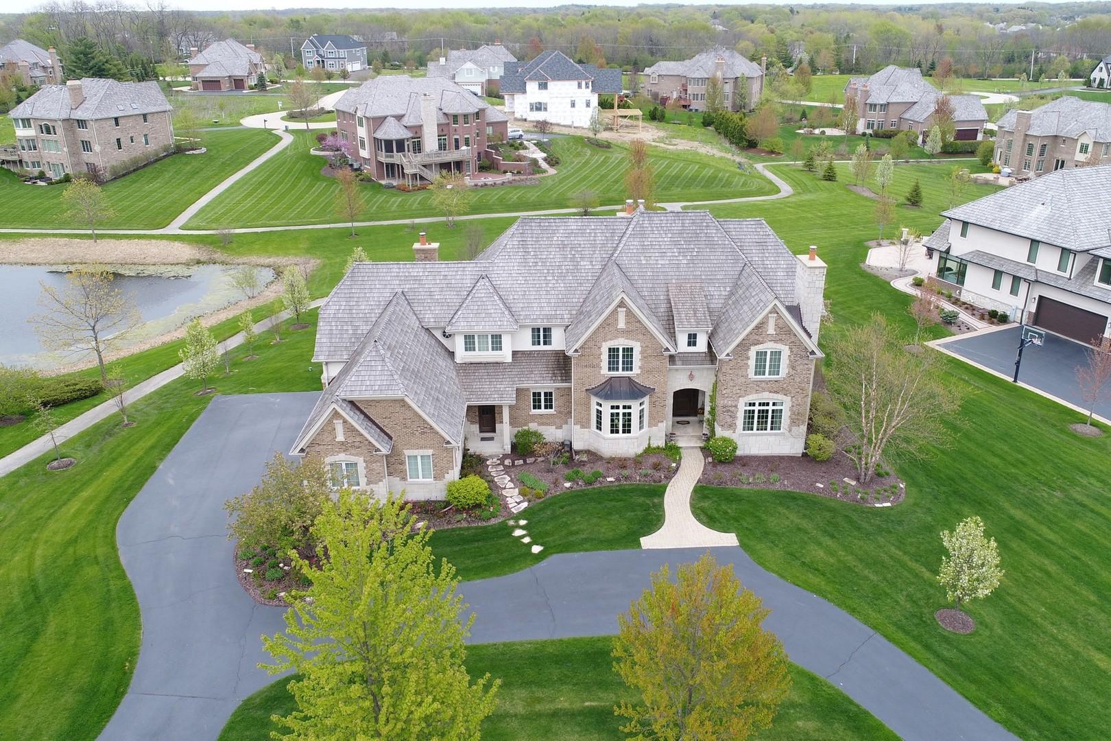 22141 North Windridge Court, Kildeer, Illinois 60047