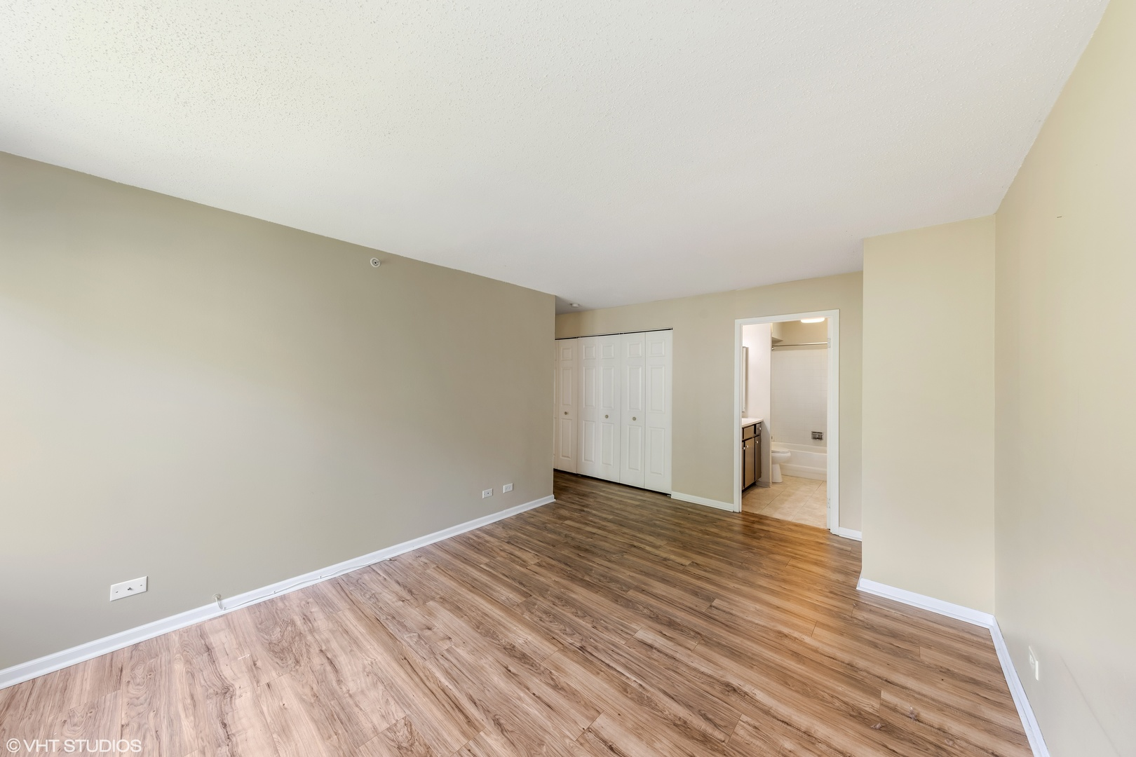 1800 Huntington 414, HOFFMAN ESTATES, Illinois, 60169
