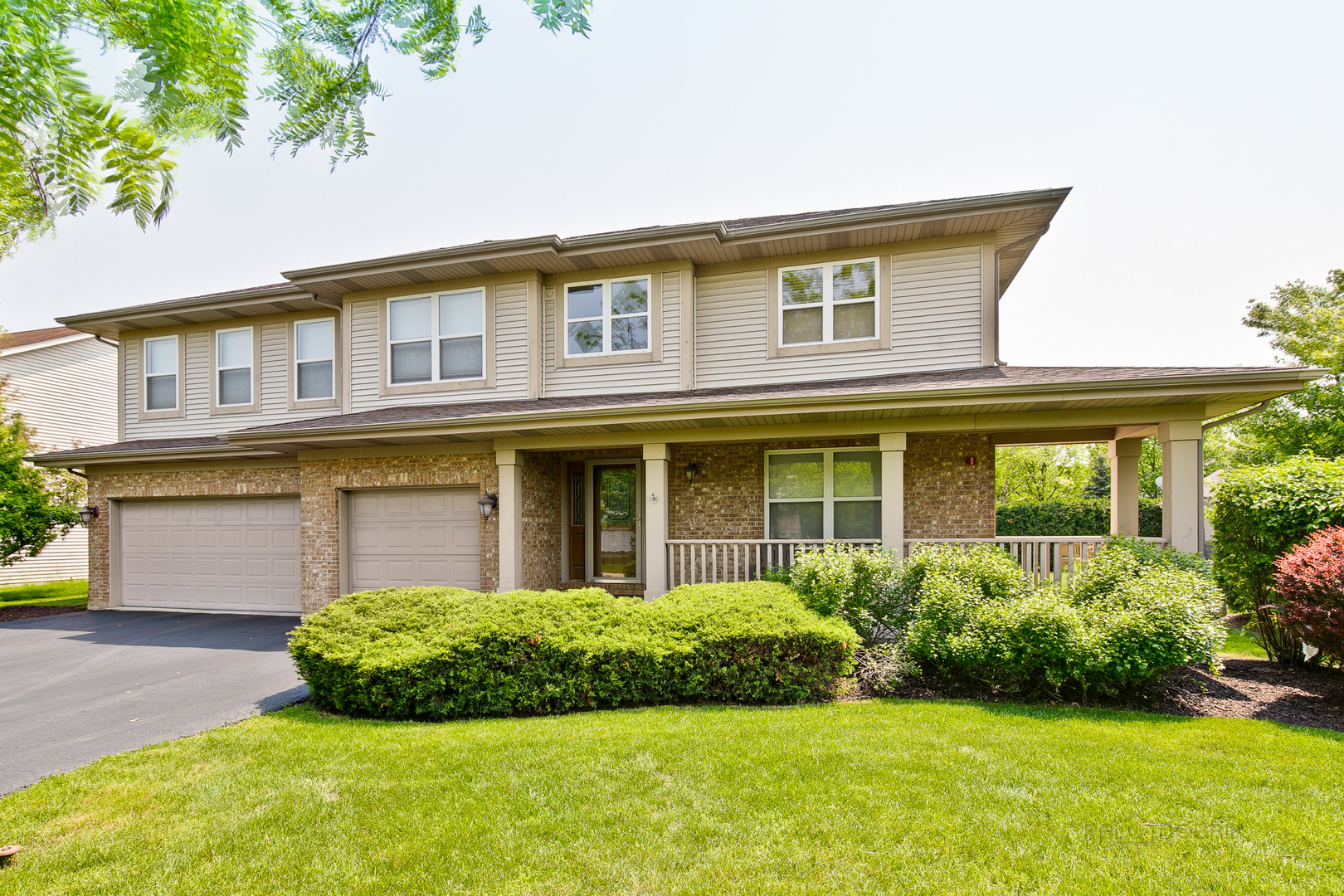 8089 Orchard Court, Long Grove, Illinois 60047
